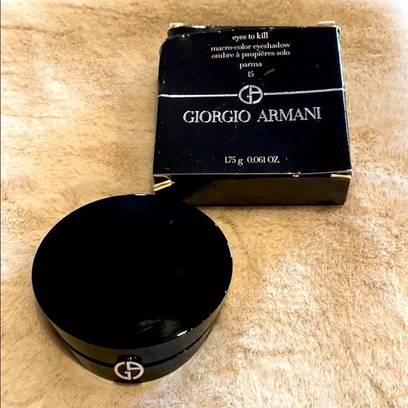 Giorgio Armani eyes to kill macro color eyeshadow